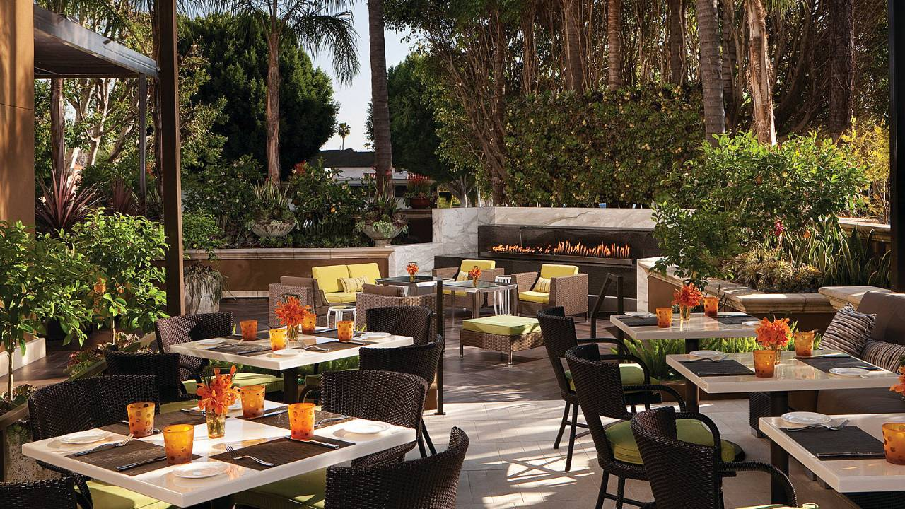 Four Seasons Hotel Los Angeles At Beverly Hills Luxandtravel