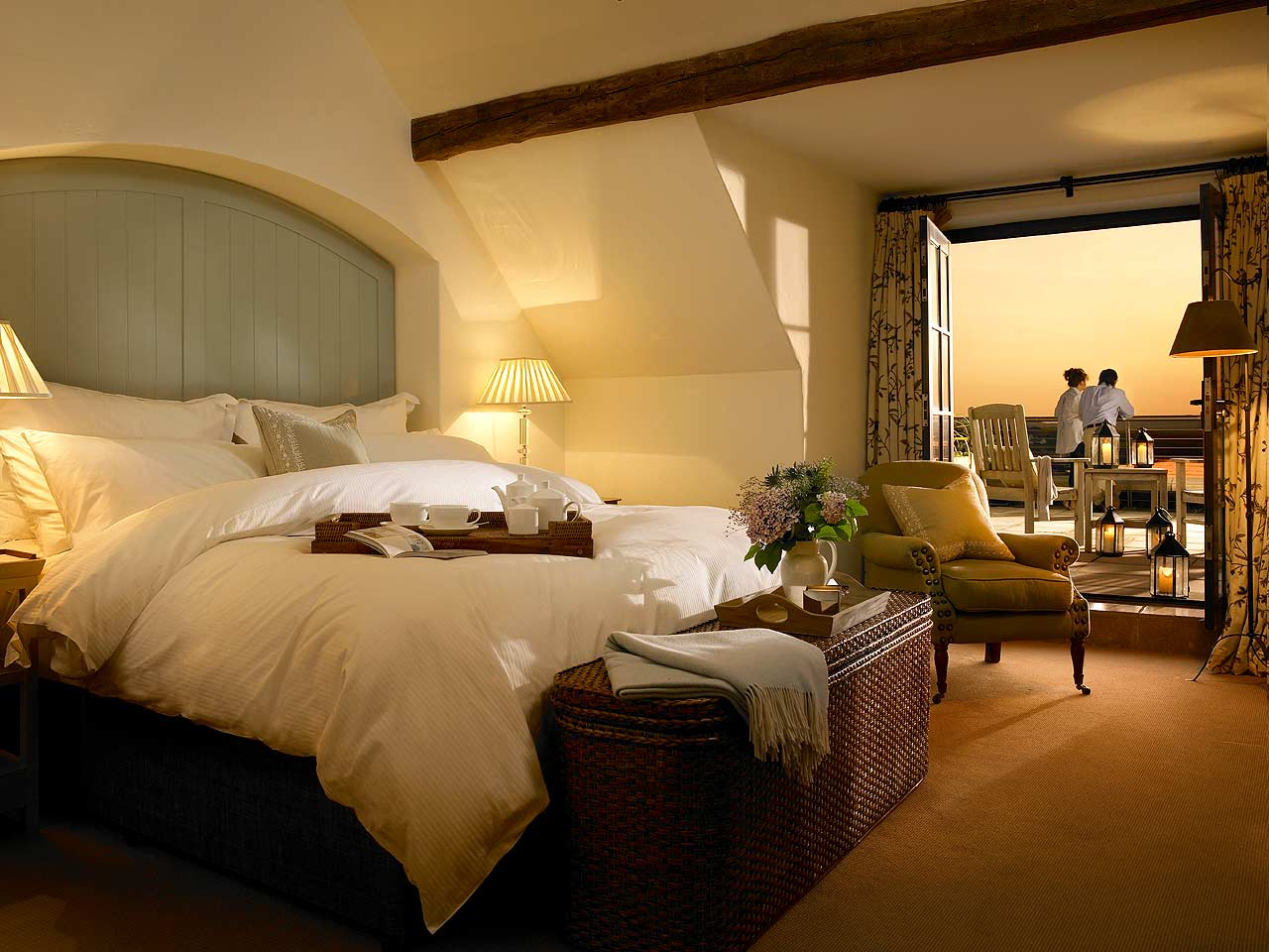Lodge at doonbeg county clare ireland luxandtravel for Luxury hotel accommodation