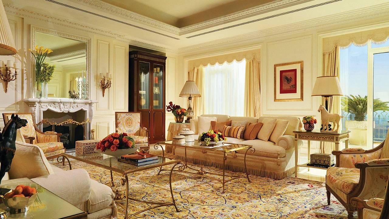 Four seasons hotel cairo at nile plaza cairo luxandtravel for 4 seasons beauty salon
