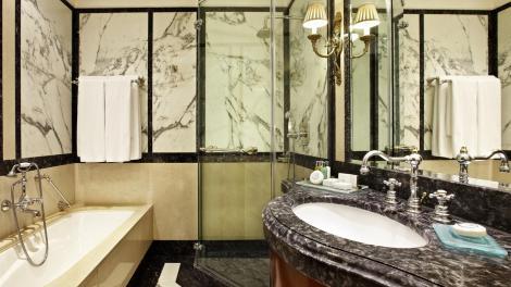 HOTEL GRANDE BRETAGNE11