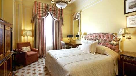 HOTEL GRANDE BRETAGNE9