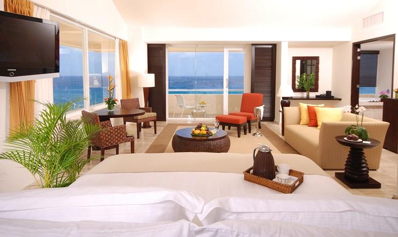 Presidente Intercontinental Cozumel Resort Spa Day Pass