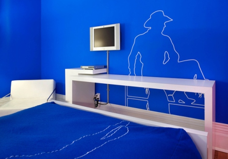 Blue Line Room at the Gladstone Hotel – Toronto, Canada